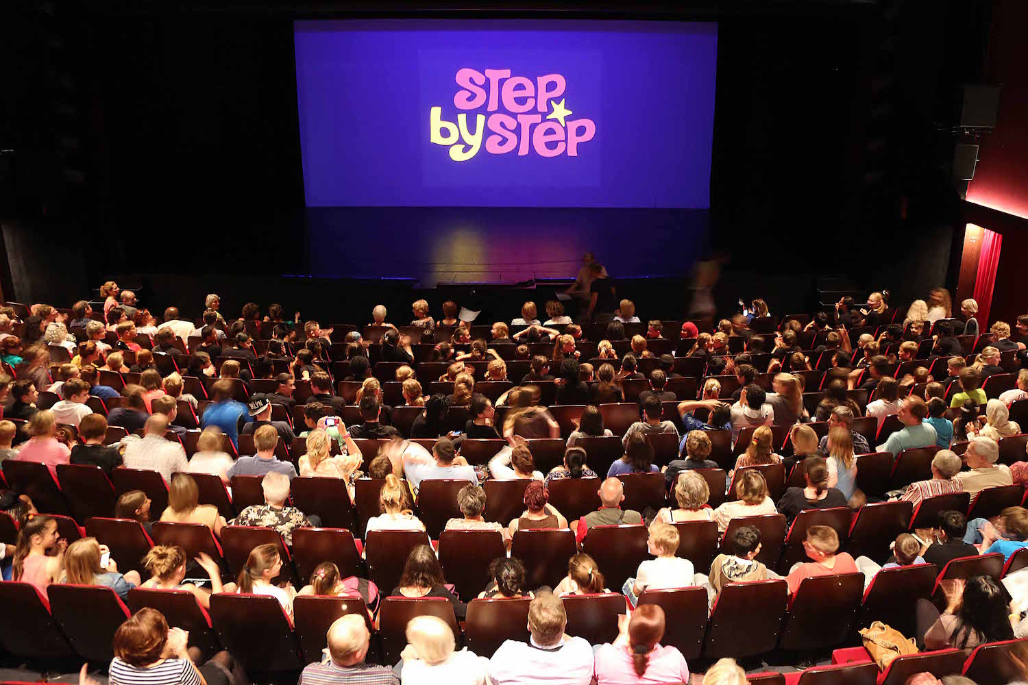 »Step by Step« im Ernst Deutsch Theater ©»Step by Step«/AnjaBeutler.de